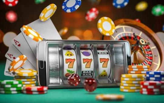 Casino VS Poker
